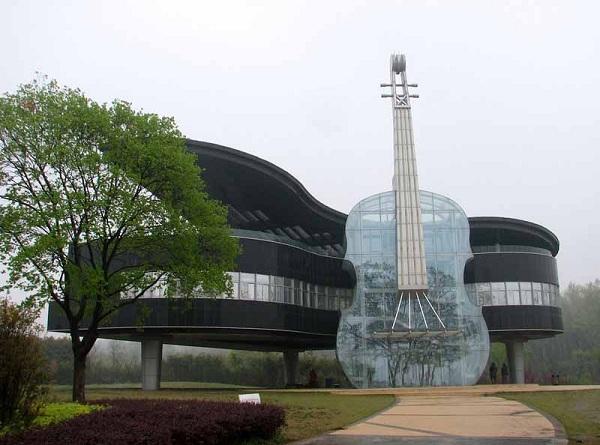 piano-house-el-edificio-chino-de-diseno-espectacular-que-celebra-el-mundo-de-la-musica