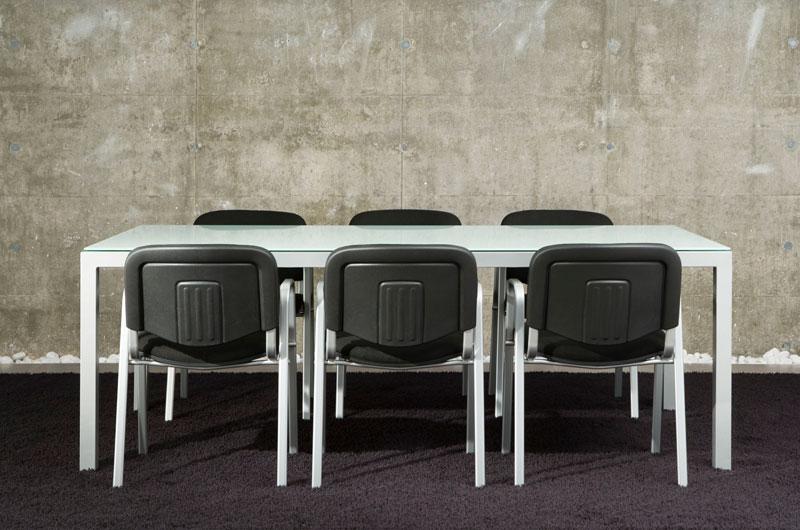 Monka. Colección de sillas multifunción para instalación de colectividades y oficinas