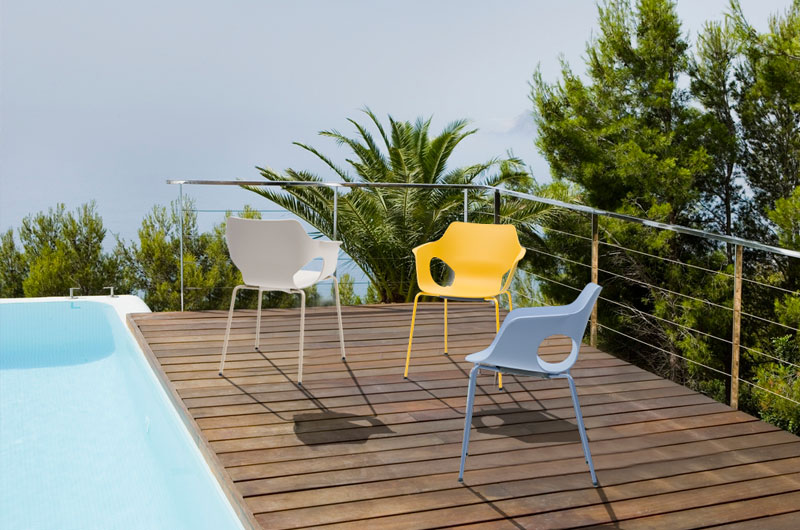 Olé. Colección de sillas con mono-carcas diseñada por Ximo Roca - delaoliva
