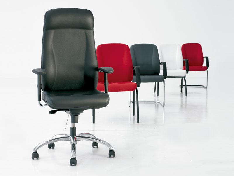Tritón. Colección de sillones de dirección - delaoliva
